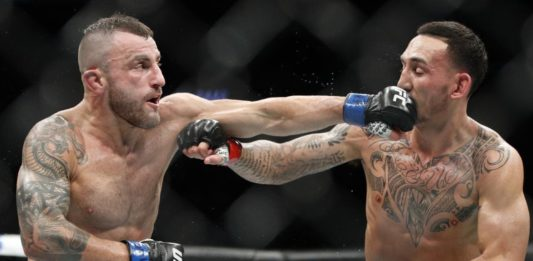 UFC 245 Alex Volkanovski vs Max Holloway
